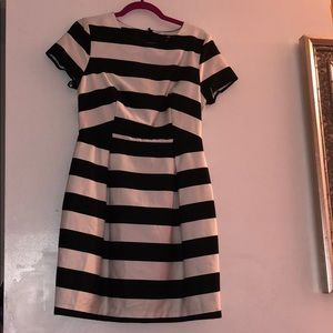 New H&M black and white dress size 10